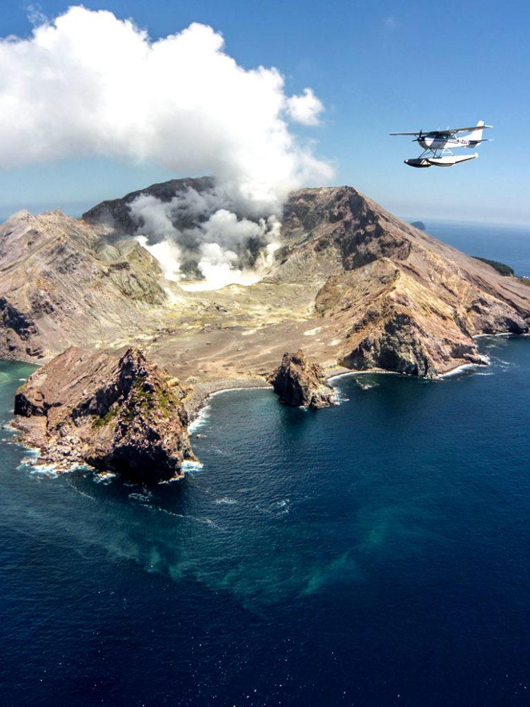 White Island New Zealand Scenic Flights - Volcanic Air