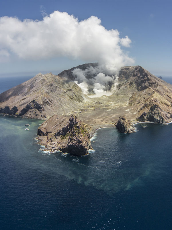 White Island Tours New Zealand - Volcanic Air