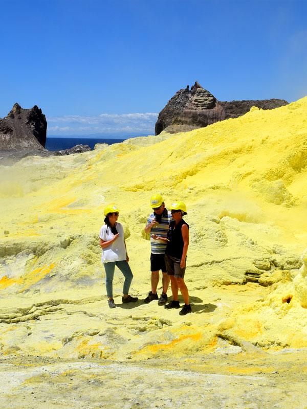 White Island Trip - Volcanic Air