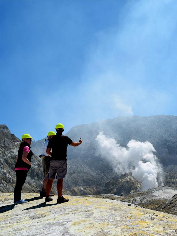 White Island - Volcanic Air